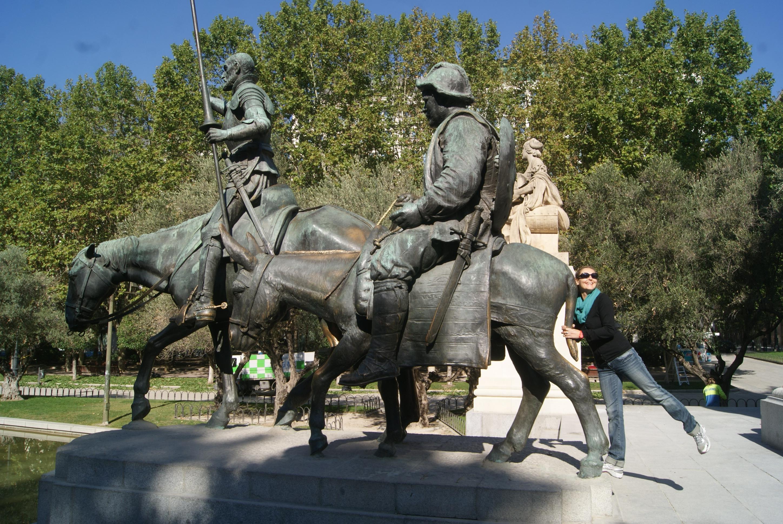 Don Quijote y Sancho Panza na Plaza de España