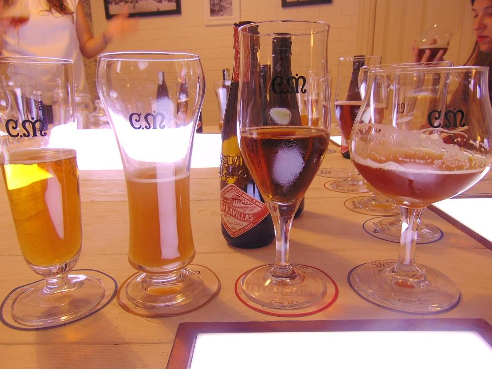 Degustação da cerveja madrilenha Casimiro Mahou, a linha premium da Mahou