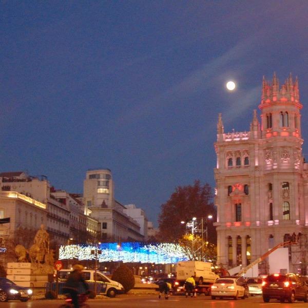 A Calle Alcalá é um dos pontos por onde passa o ônibus de Natal